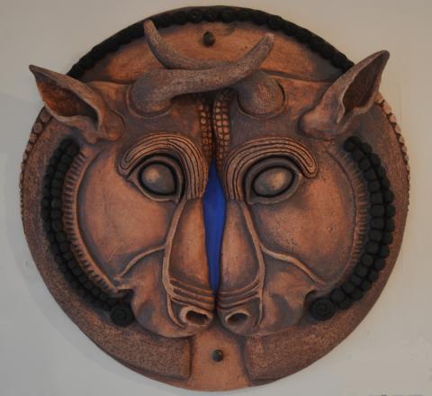 two bulls facing